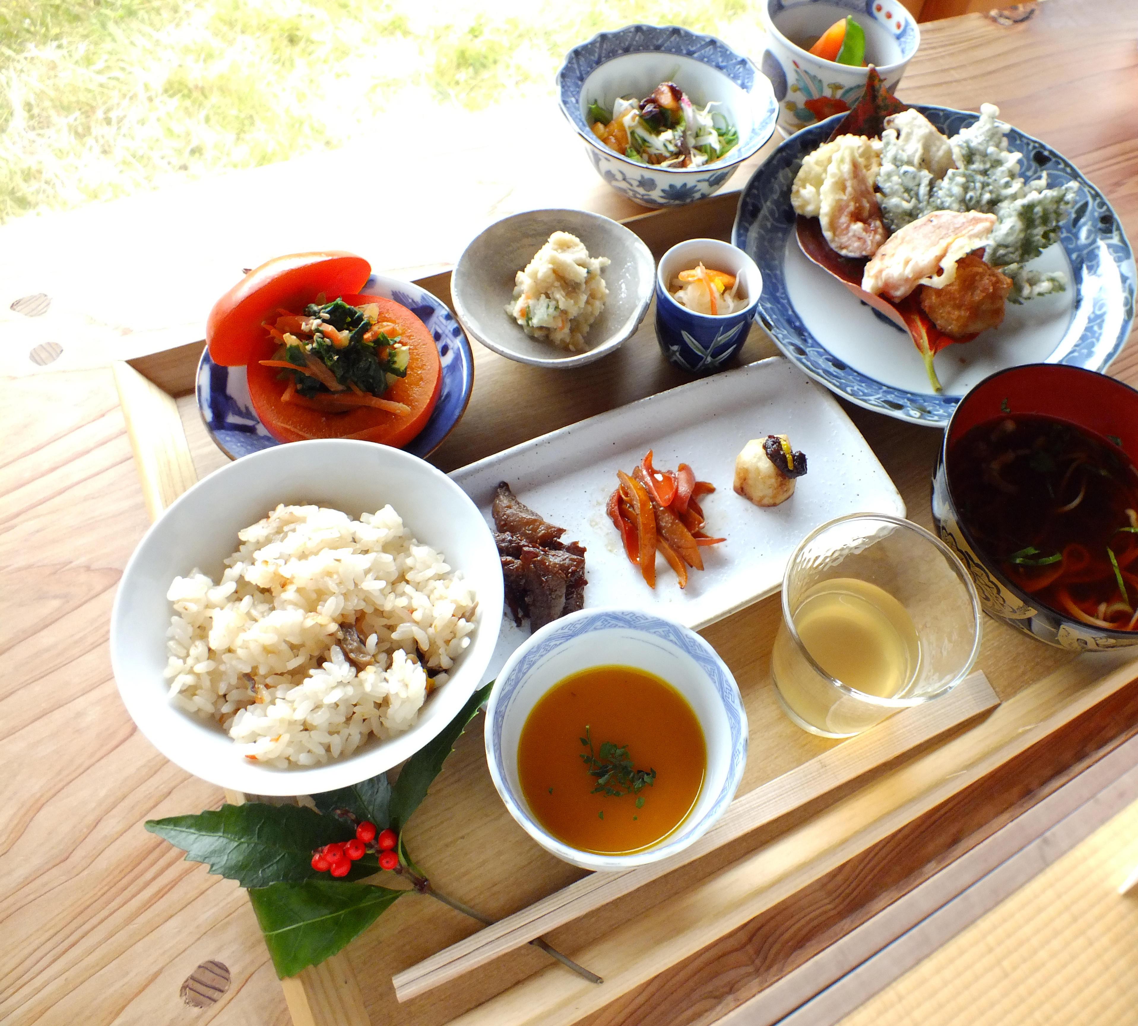 「農悠舎王隠堂」で学ぶ『自家栽培芋を使ったこんにゃくづくり体験』