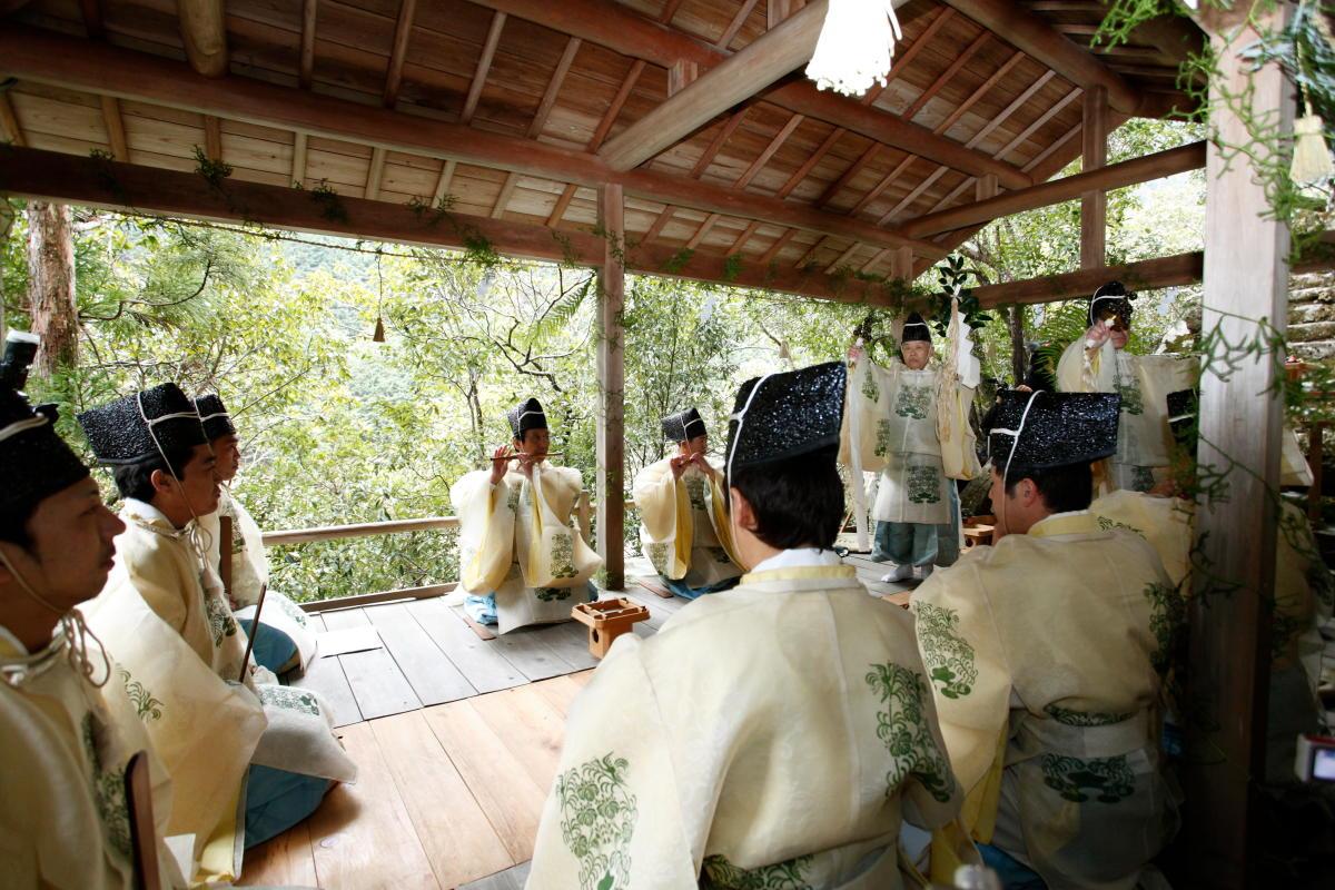奈良のまつり④『国栖奏を学ぶ』~天武天皇を祀る浄見原神社~