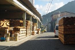 木材の香りを味わい歩く道(約5.7km)