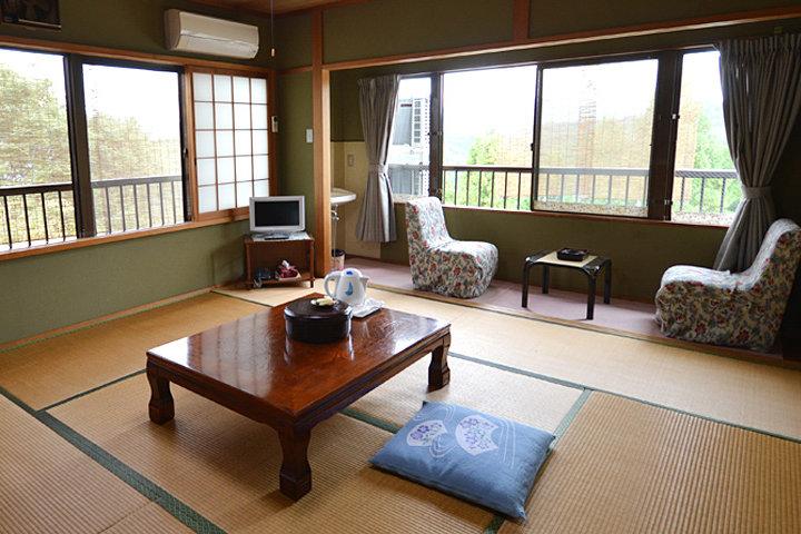桜山荘 花屋